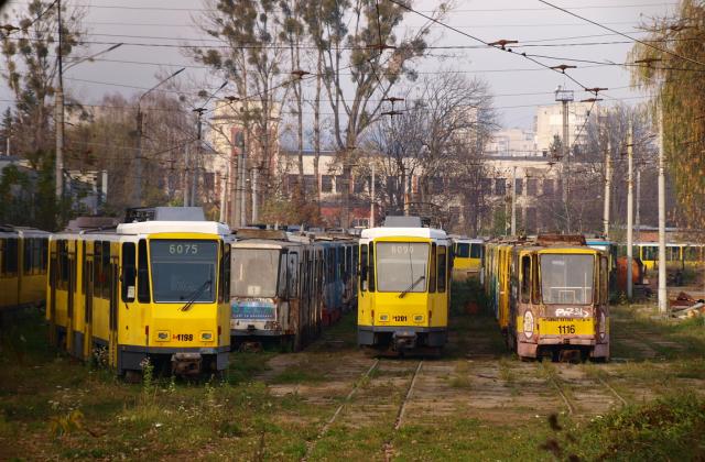 Німецькі трамваї Садового так і не виїхали на вулиці Львова. Фото: Гал-Інфо.