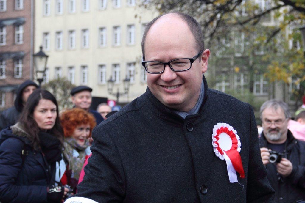 У Польщі помер поранений ножем у серце мер Гданська. Фото: відкриті джерела.