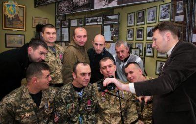 """У Львові презентували проект """"Незламні кіборги"""". Фото: прес-служба ЛОДА."""