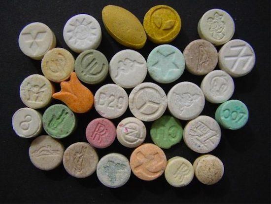 Мешканця Самбора судитимуть за незаконне зберігання наркотичних засобів. Фото: відкриті джерела.