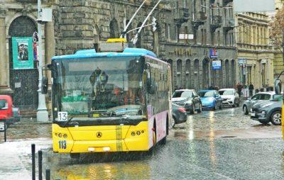 Через концерт Руслани тролейбус №13 сьогодні курсуватиме зі змінами. Фото: Андрій Бойко