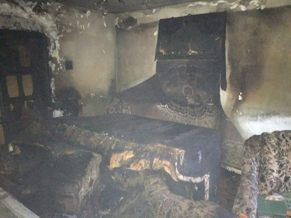 У Новояворівську згоріла квартира