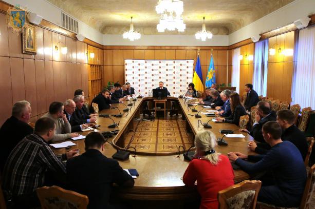 На Львівщині обговорили розвиток аграрних підприємств