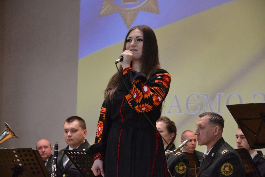 Софія Федина. Співачка, волонтер. Фото - Фейсбук Софії Федини