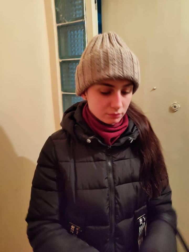 Як у Львові дівчина-волонтер стала жертвою політичних переконань кремезного чоловіка