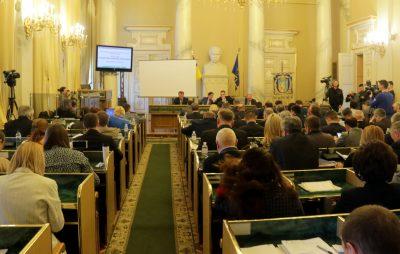 На реформування систем охорони здоров'я Львівщини скерували додаткових 2 мільйони гривень. Фото: 4studio.