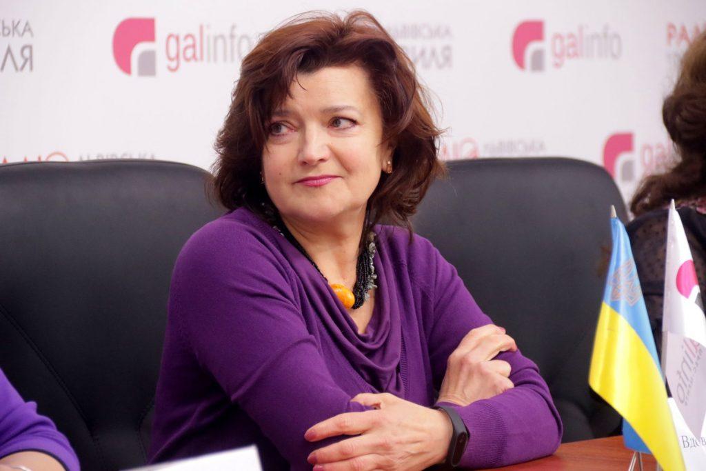 Львівські письменники підтримали Порошенка. Фото 4studio