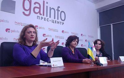 Львівські письменники підтримали Петра Порошенка. Фото 4studio