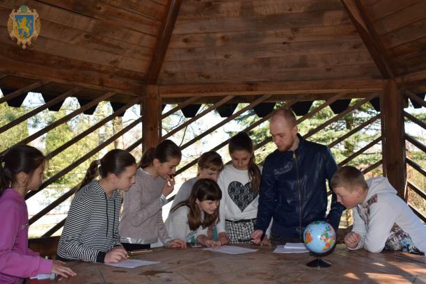 У Яворівському НПП організували екологічні заходи, приурочені до Дня довкілля