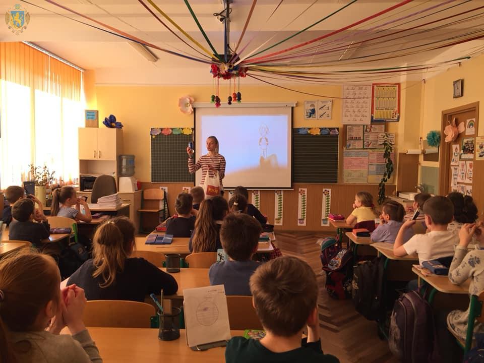 Школярам Львова розповідали про правильне сортування відходів