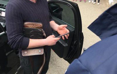 На Львівщині затримала на хабарі слідчого поліції
