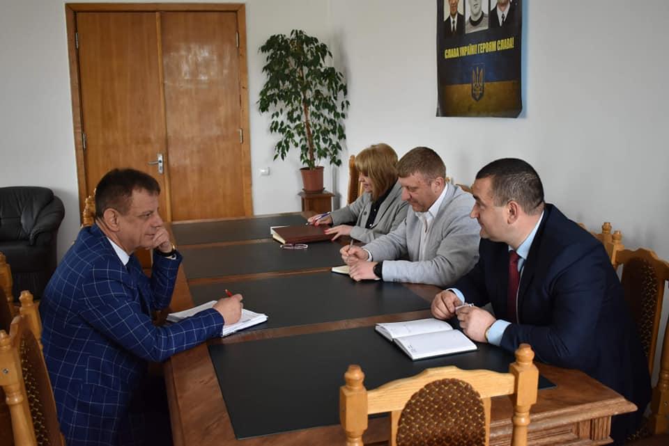 На Яворівщині розпочали підготовку до проведення Міжнародного фестивалю. Фото: Яворівська районна рада.