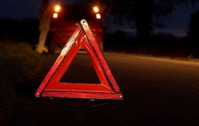 На Бродівщині перекинувся автомобіль - травмувався водій. Фото: відкриті джерела.