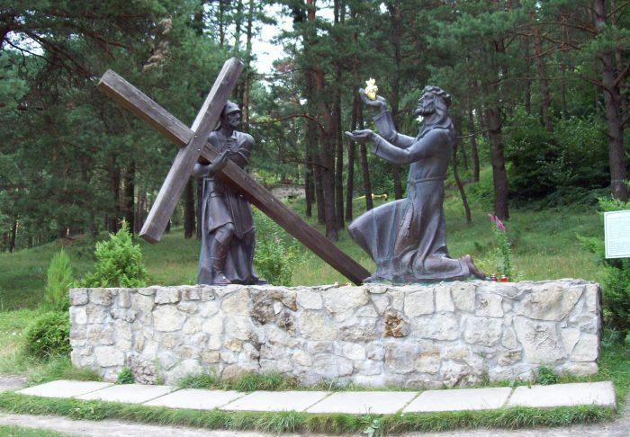 Сьогодні 120-річчя з дня народження о. Миколи Вояковського зачинателя хресної дороги на Страдецькій горі