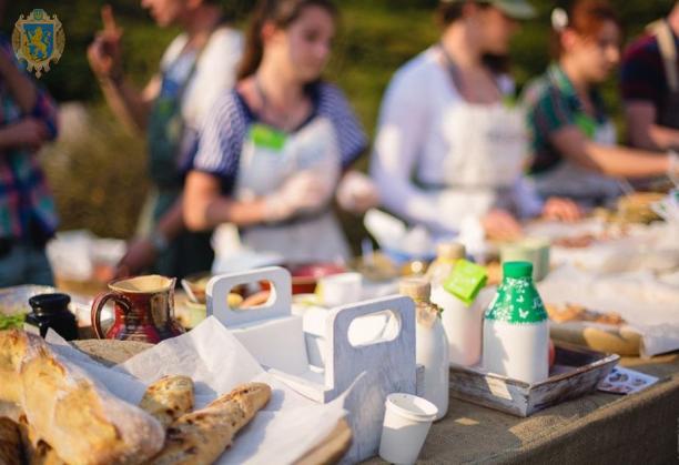Мешканців Львівщини запрошують на XIІ Великий Карпатський ярмарок-фестиваль