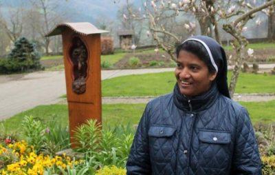 До Франківська приїде індійська монахиня-цілителька. Фото: Місто.