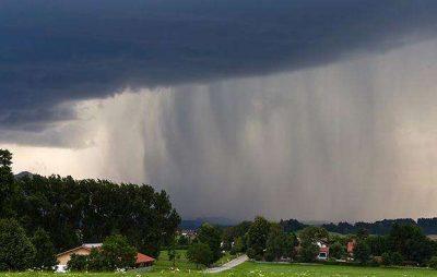 На Львівщину повертаються грози та сильний вітер. Фото: відкриті джерела.
