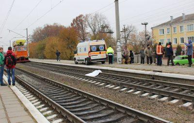 На залізницях Львівщини трапилось 15 ДТП. Фото: відкриті джерела.