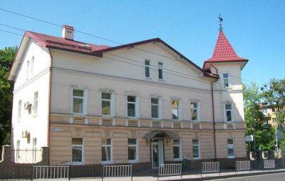 У Садового знайшли механізм, як знести будинок на Сахарова 52. Фото: відкриті джерела.