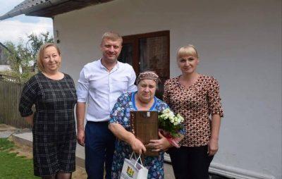 Самардак привітав із Днем народження маму загиблого Героя