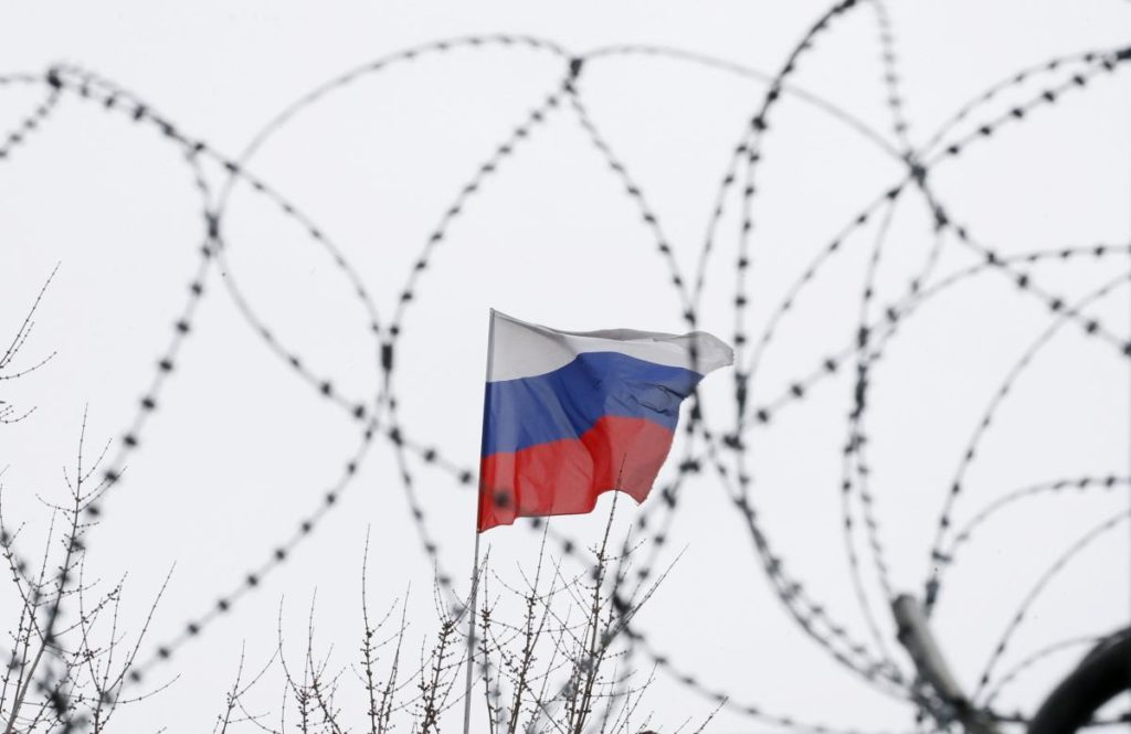 РосЗМІ поширюють чутки про звільнення українських моряків і політв'язнів до кінця літа