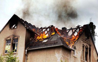На Старосамбірщині вогнем знищено господарську будівлю. Фото: відкриті джерела.