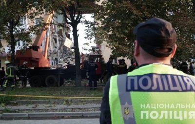 Поліція Львівщини встановлює причини обвалу будинку у Дрогобичі
