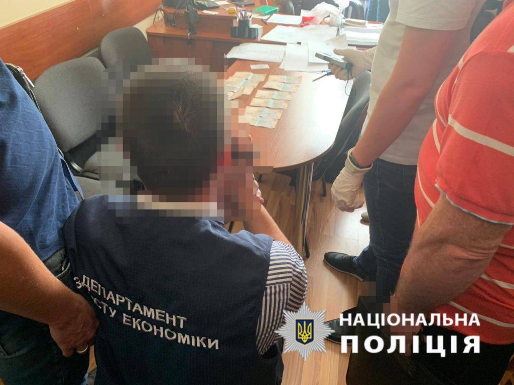 У Львові на хабарі впіймали завідувача кафедри вищого навчального закладу