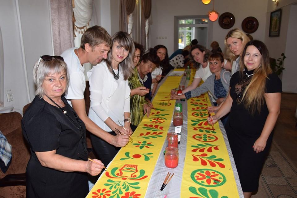 На Яворівщині працюють над встановленням національного рекорду. Фото: Natali Lyalyuk.