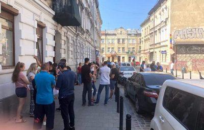 У Садового назріває черговий скандал навколо паркування. Фото: Серій Івах.