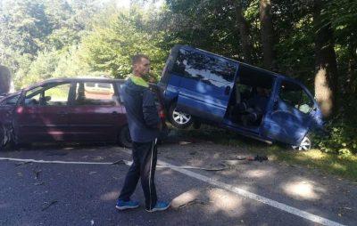 Біля Новояворівська сталась аварія. Фото Варта-1