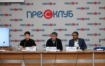 """""""Сінево"""" впровадила на українському ринку тест для вагітних на виявлення генетичних відхилень дитини. Фото: прес-клуб."""